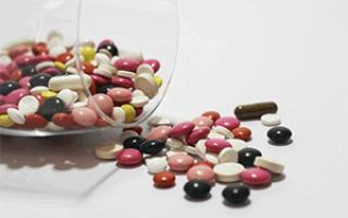 Лечение кисты зуба антибиотиками